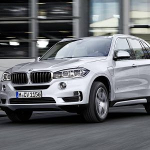 bmw-x40e-specifications