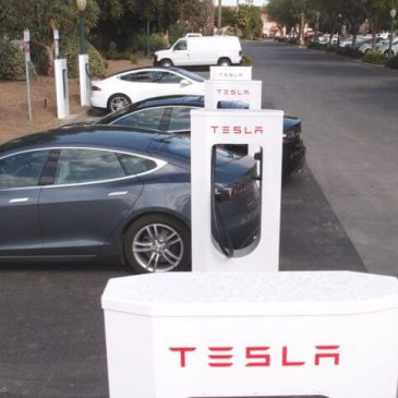 Tesla's Latest Software Update Gives Supercharging Rate 20% Boost