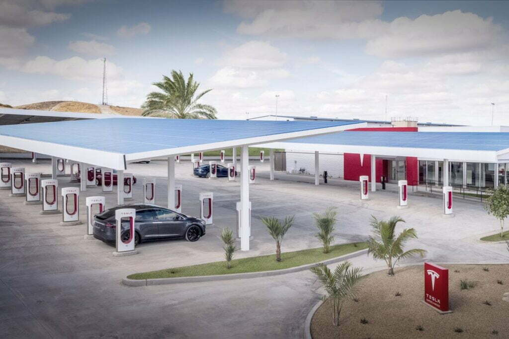 Supercharger von Tesla werden für alle zugänglich sein